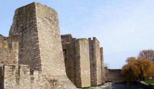POKS: Smederevska tvrđava propada, a ima novca za Notr Dam 14