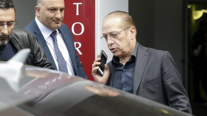 Berluskoni izašao iz bolnice i tvrdi da je spreman za izbornu kampanju 1