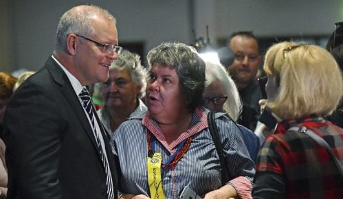 Australijski premijer brani stav o klimi u jeku krize sa požarima 13