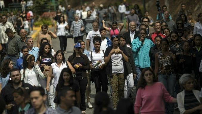 U Venecueli petoro mrtvih, više od 200 uhapšenih tokom demonstracija 1