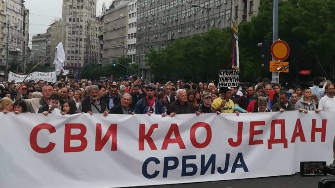 Protest treba vratiti građanima 1