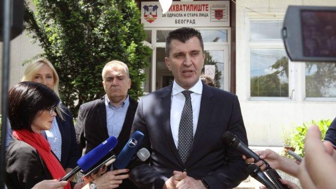 Ministar Đorđević sa Zaštitnikom građana obišao Prihvatilište za odrasla i stara lica u Beogradu 3