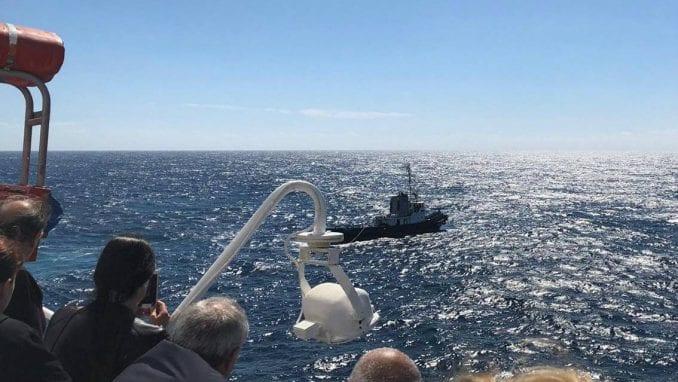 """U toku je akcija spasavanja putnika sa broda """"Aurelija"""" (VIDEO) 1"""