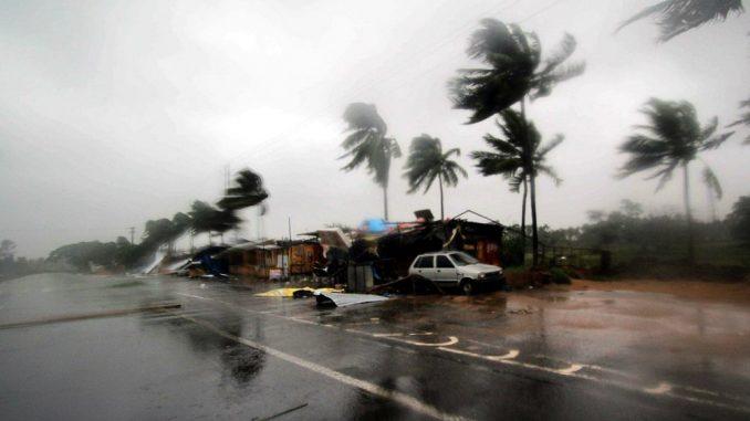 Tropski ciklon oštetio gradove u Austrailiji, više od 30.000 korisnika ostalo bez struje 1