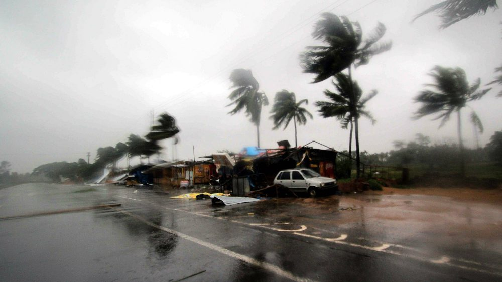 Više od milion stanovnika evakuisano u Indiji pred naletom ciklona Jas 1