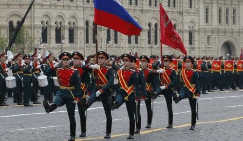 Na paradi u Moskvi pored Vučića neki lideri ZND, Dodik, Kusturica 15