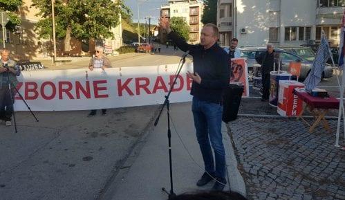 Opoziciona slobodna zona danas postavljena u Knjaževcu 10