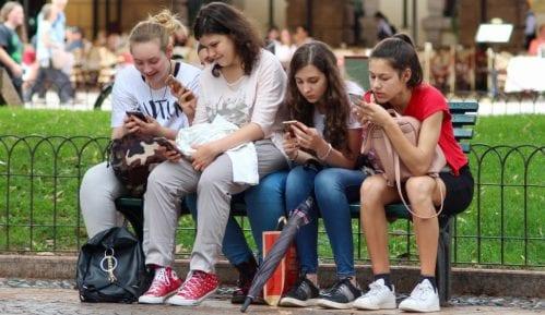 Tinejdžeri sve manje koriste Fejsbuk 14