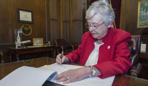Guvernerka Alabame potpisala zakon o zabrani abortusa 2