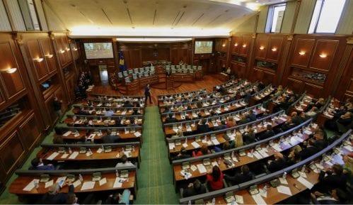 Prekinuta sednica Skupštine Kosova zbog protesta poslanika Samoopredeljenja 15