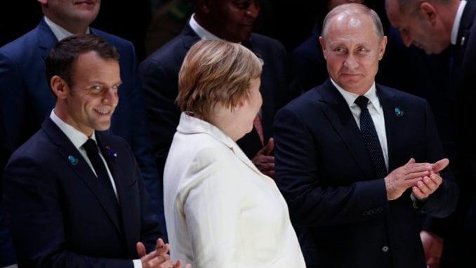 Merkel i Makron žele sastanak sa Putinom i Erdoganom o Siriji 1