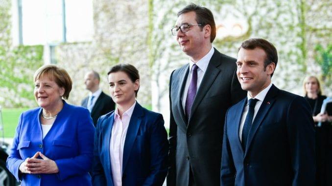 Merkelova i Makron žele da daju novi zamah dijalogu Beograda i Prištine 1
