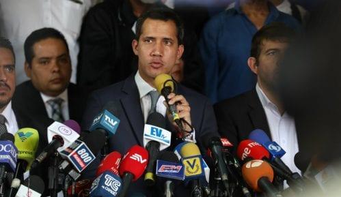 Venecuela suspendovala avio-kompaniju kojom je leteo lider opozicije Gvaido 12