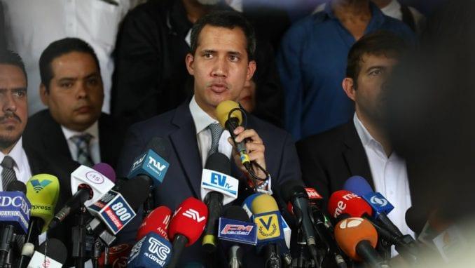 Venecuela suspendovala avio-kompaniju kojom je leteo lider opozicije Gvaido 4