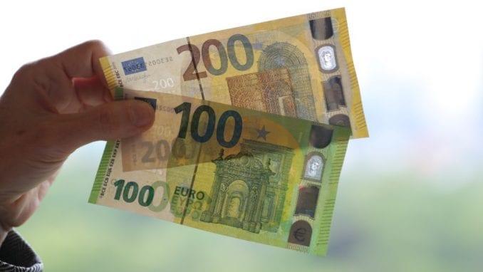 U Frankfurtu predstavljene nove novčanice od 100 i 200 evra 1