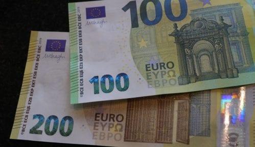 Blic: Veće plate u javnom sektoru u proseku za sedam odsto 10