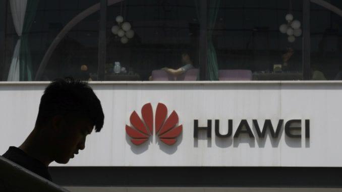 Huawei prodao 200 miliona telefona 1