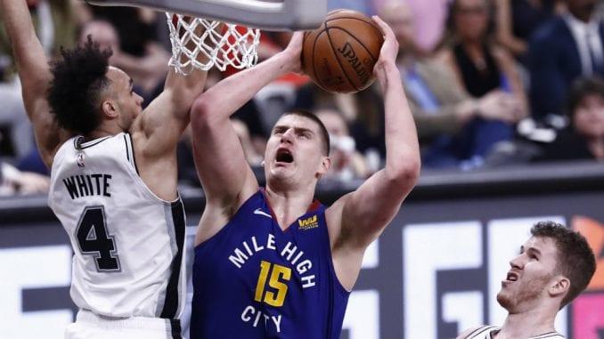 Nikola Jokić sakupio osam nedeljnih nagrada u NBA 5