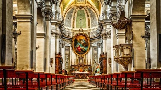 Katolička crkva gubi vernike širom Evrope 5