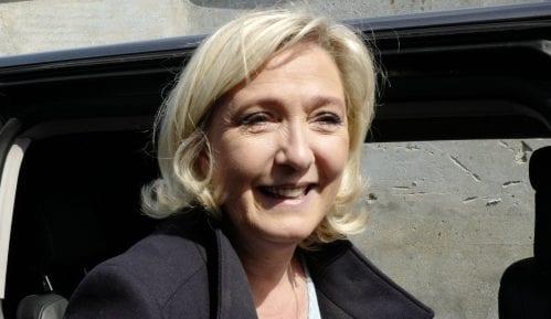 Projekcije: Francuskoj krajnjoj desnici više glasova nego Makronu na izborima za EP 5