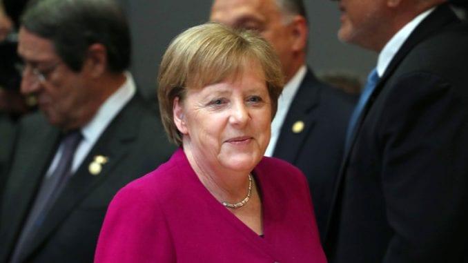 Merkel potvrdila podršku Veberu za mesto predsednika Evropske komisije 3