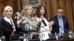 Vučić u Skupštini: Srbija nema vlast na Kosovu, prestati sa obmanjivanjem javnosti 11
