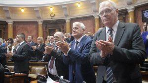 Vučić u Skupštini: Srbija nema vlast na Kosovu, prestati sa obmanjivanjem javnosti 10