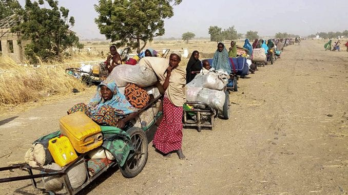 Nekoliko hiljada ljudi pobeglo iz jedno mesta u Nigeriji zbog Boko harama 4