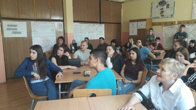 Učenici iz Sofije u Pirotu: Razmena iskustva đaka i profesora 1