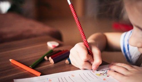 Đaci i nastavnici više škola u Novom Sadu i okolini u karantinu 12
