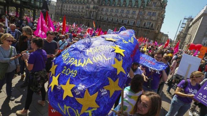Desetine hiljada ljudi na skupovima protiv nacionalizma širom EU 1