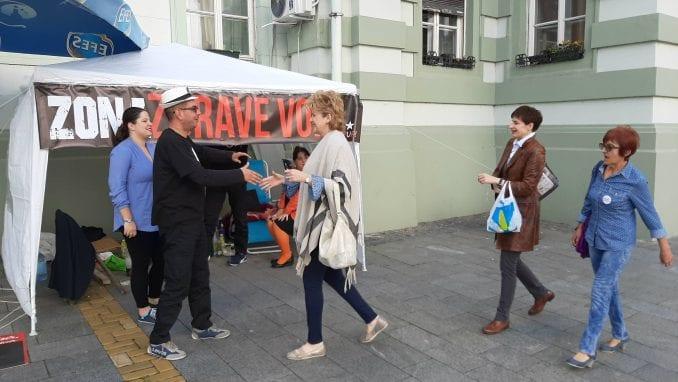 Fantomi koji štrajkuju glađu dobili svog policajca i kameru 1