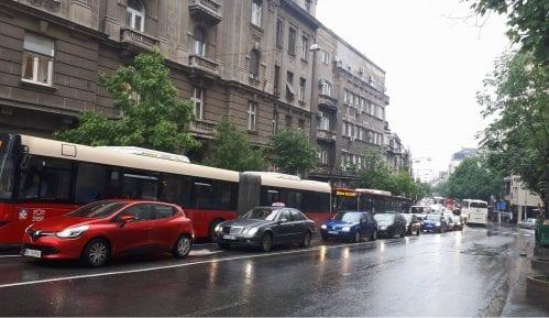 AMSS: Kiša i pljuskovi otežavaju vožnju 2