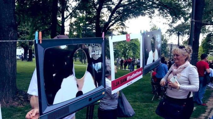 Protestna šetnja završena u Slobodnoj zoni, otvoren Muzej naprednjačkog realizma 1