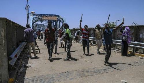 Lideri protesta u Sudanu pozvali na generalni štrajk 12
