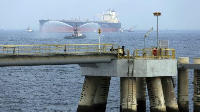 Oštećena dva saudijska tankera, sumnja na sabotažu 1