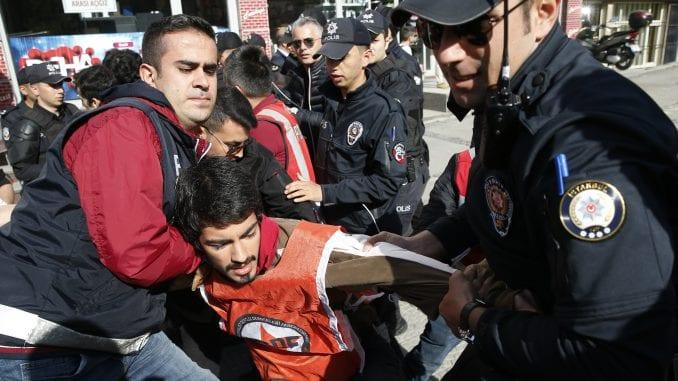Turska policija uhapsila nekoliko demonstranata 1