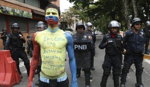 U Venecueli privedeno više od 2.000 ljudi iz političkih razloga 14