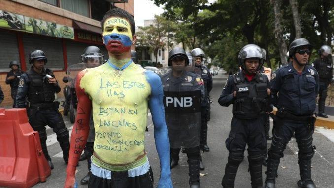 U Venecueli privedeno više od 2.000 ljudi iz političkih razloga 3
