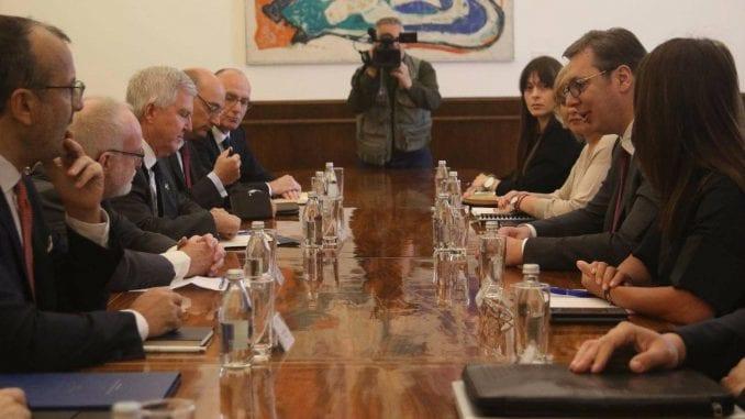 Ambasadori Kvinte i EU pozvali Srbiju na uzdržanost 3