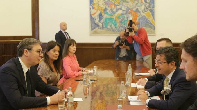 Vučić: Nastaviti saradnju sa OEBS-om na unapređenju medijskog ambijenta 1