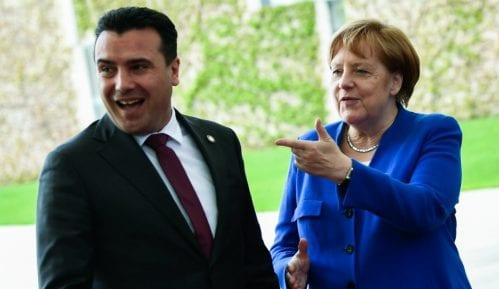 Zaev opoziciji: Malo sutra da nećemo dobiti datum za pregovore sa EU 11