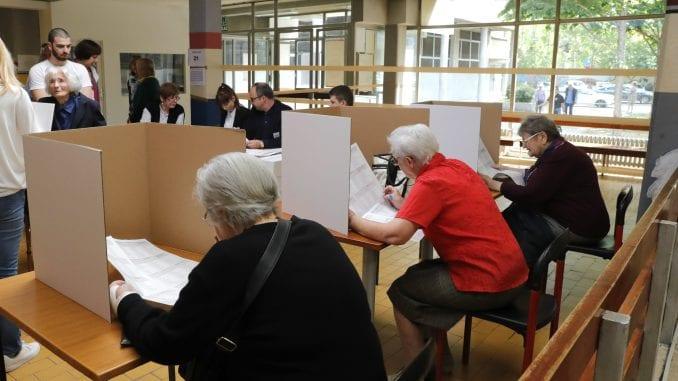Izlazne ankete: HDZ četiri, SDP tri mandata 1