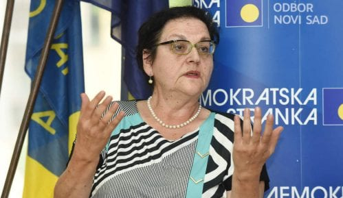 Gordana Čomić: Nit' mi smeta, nit' mi godi kad me brane Brnabić, Mihajlović i drugi 5