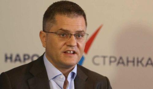 Jeremić: Vučić režimskim protestima pokušava da sakrije afere saradnika 12