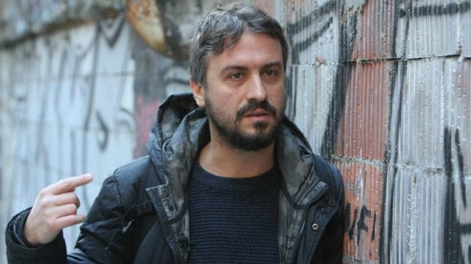 Branislav Trifunović se odazvao pozivu policije zbog navodnog cepanja državne zastave 3