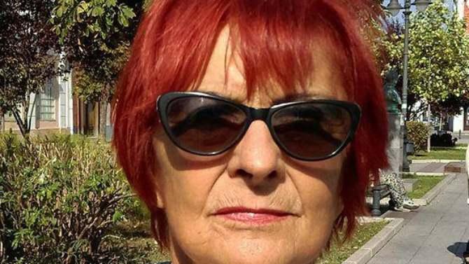 Angela sa porukom 1