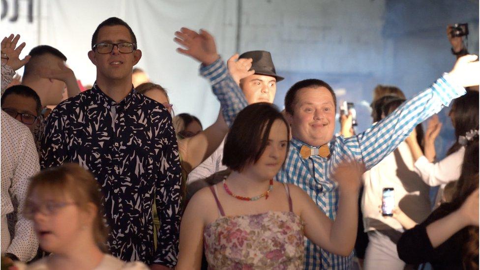 Članovi Udruženja za pomoć osobama sa Daunovim sindromom, Beograd, jun 2019.