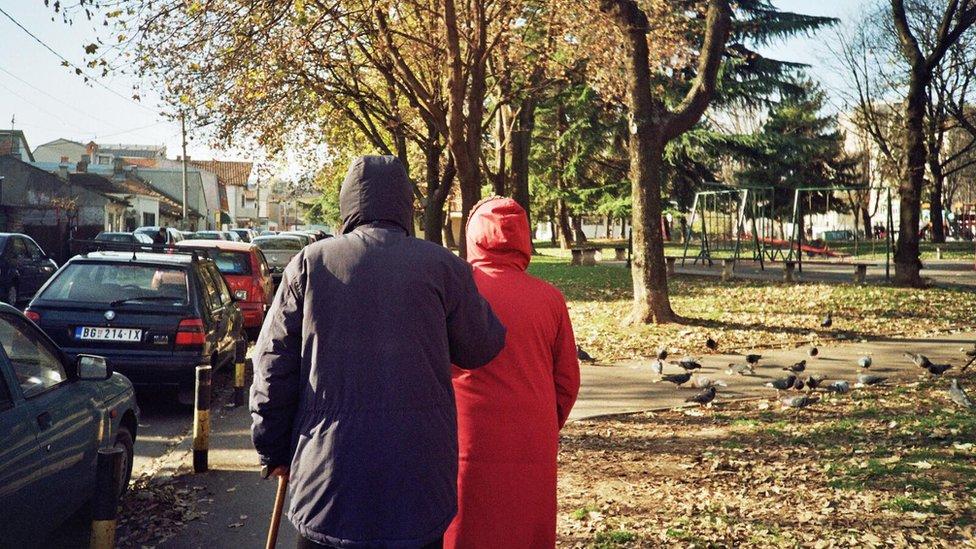 Šetnja je nekad dovoljna razonoda starijim sugrađanima