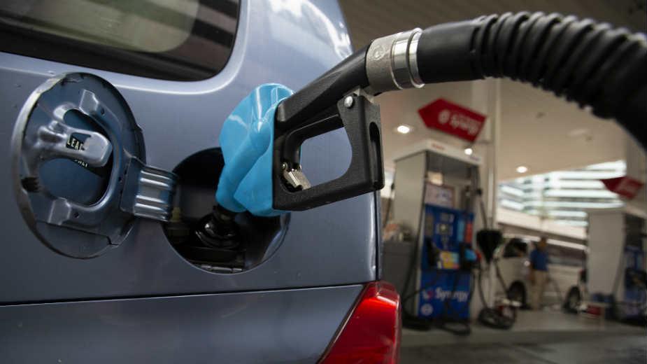 Gde će završiti novi namet za struju i gorivo koji uvodi vlada? 1